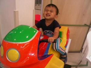 vroom..vroom..jom empit..